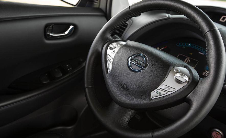 2016 Nissan Leaf - Slide 37