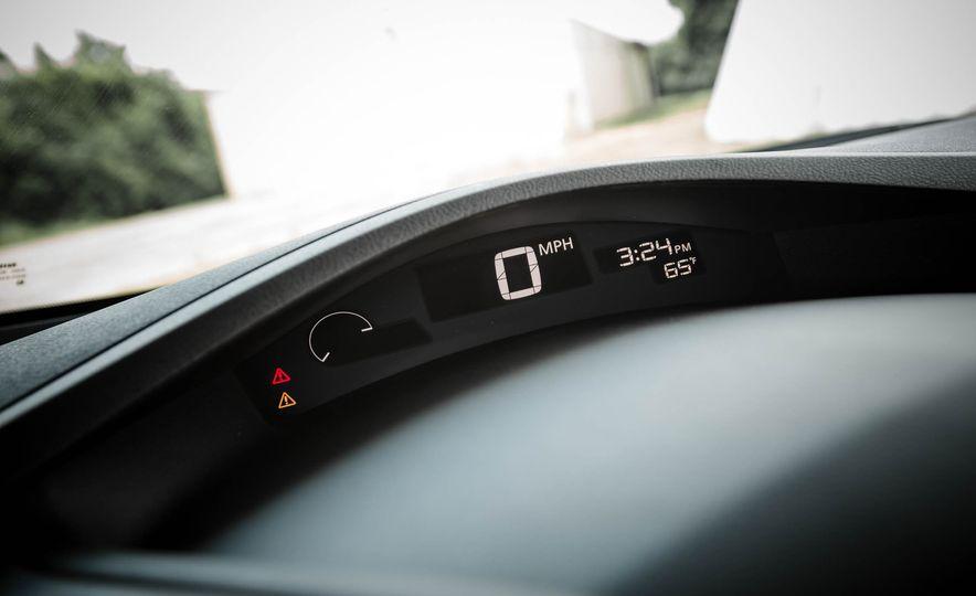 2016 Nissan Leaf - Slide 40