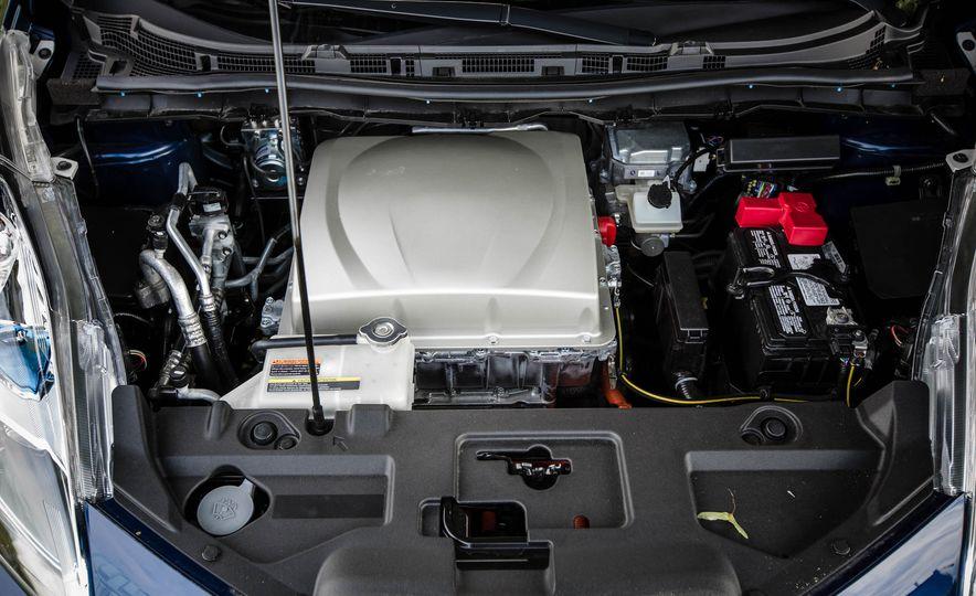 2016 Nissan Leaf - Slide 48