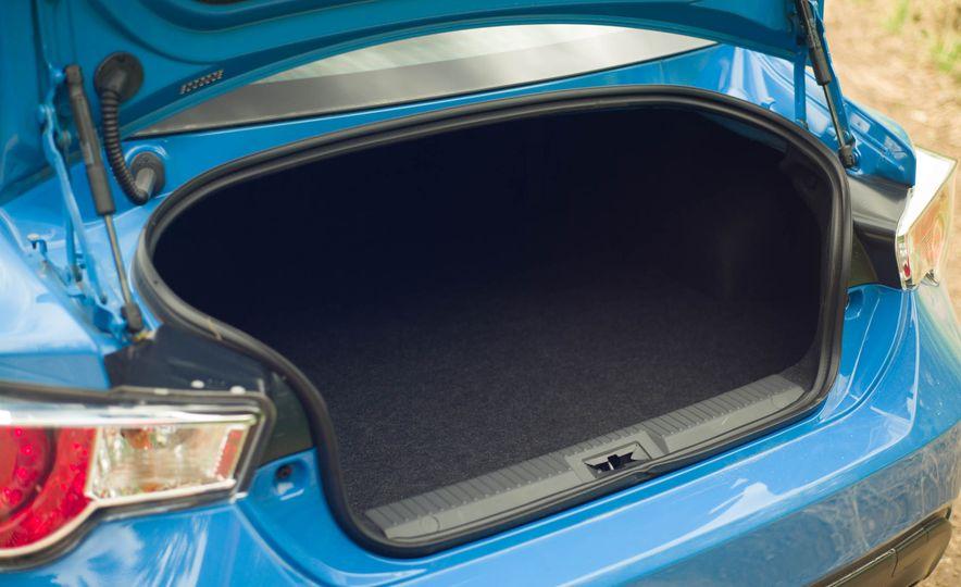 2016 Subaru BRZ Series.HyperBlue - Slide 11