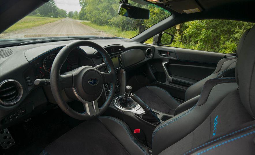 2016 Subaru BRZ Series.HyperBlue - Slide 12