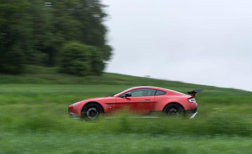 2017 Aston Martin Vantage GT8 - Slide 10