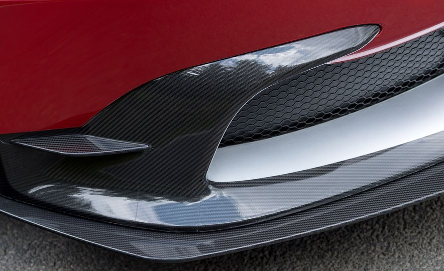 2017 Aston Martin Vantage GT8 - Slide 24