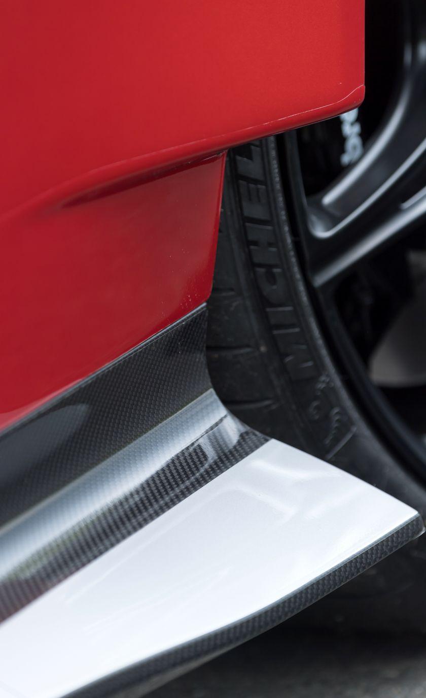 2017 Aston Martin Vantage GT8 - Slide 25