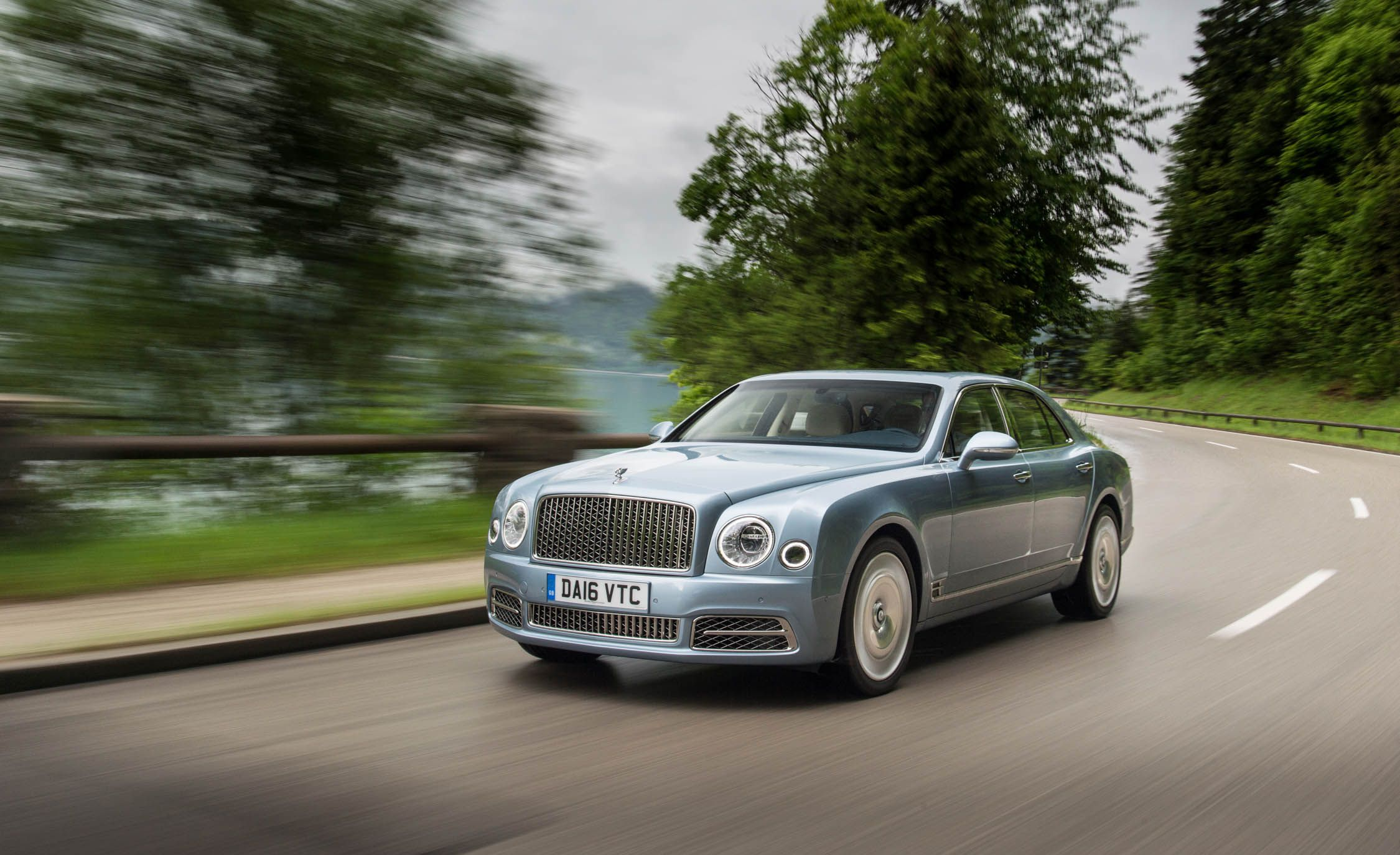 car photos range mulsanne of reviews and specs price cars bentley driver