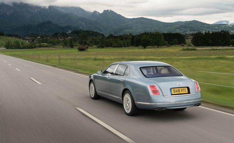 2017 Bentley Mulsanne - Slide 5