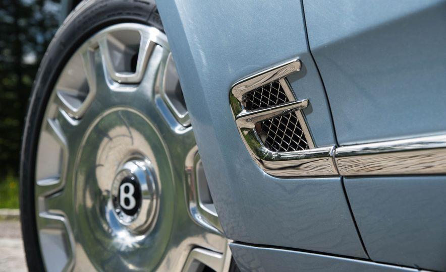 2017 Bentley Mulsanne - Slide 12