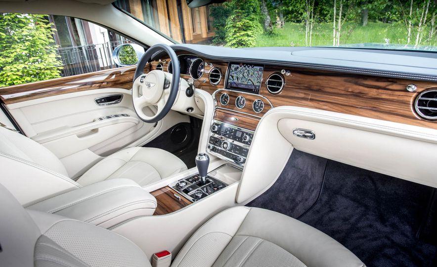 2017 Bentley Mulsanne - Slide 14
