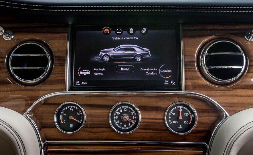 2017 Bentley Mulsanne - Slide 17