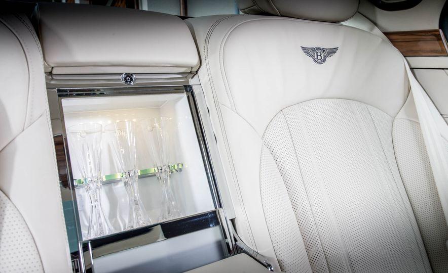 2017 Bentley Mulsanne - Slide 19