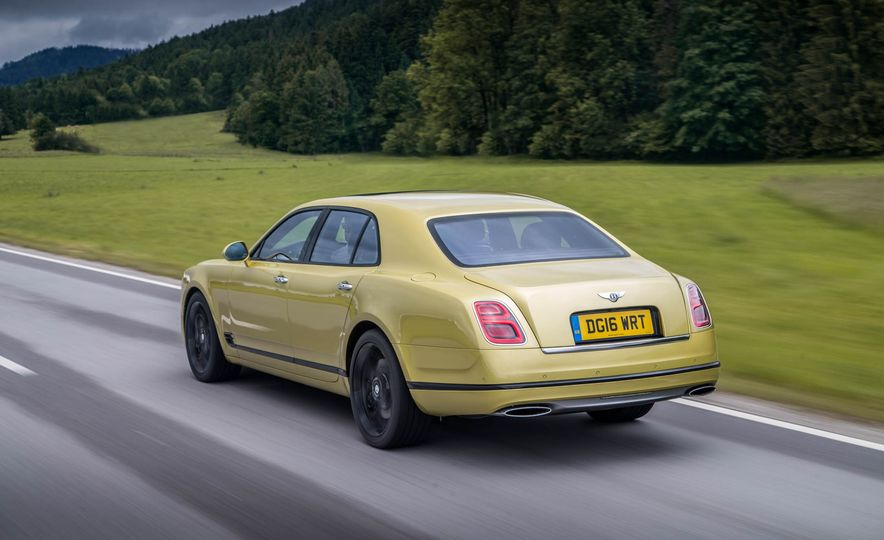 2017 Bentley Mulsanne - Slide 27