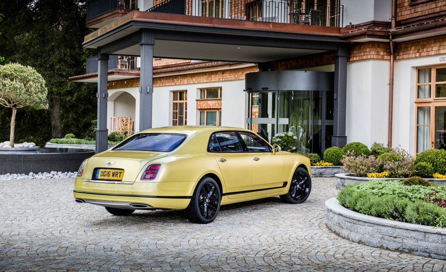 2017 Bentley Mulsanne - Slide 29