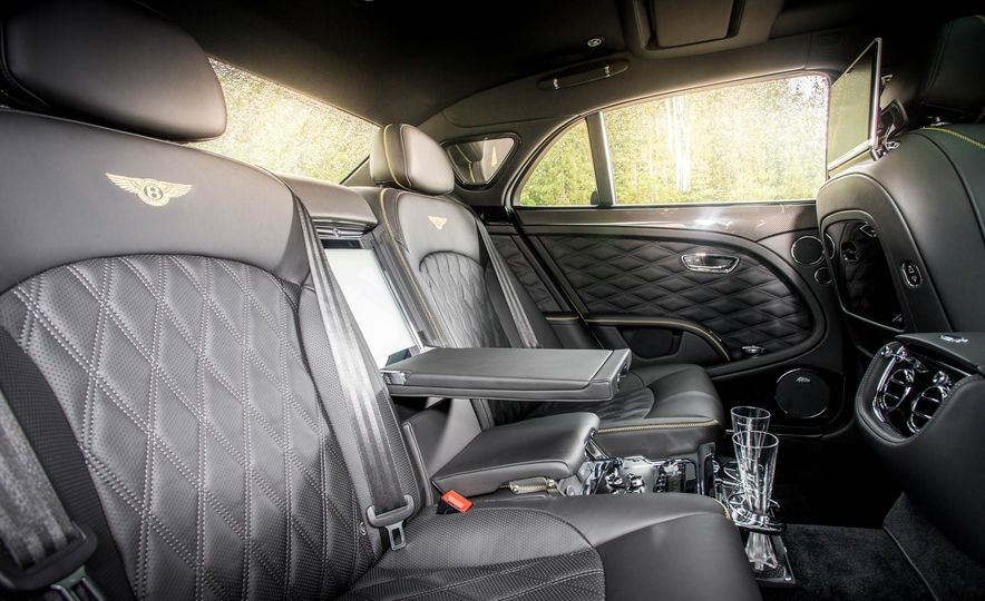 2017 Bentley Mulsanne - Slide 39