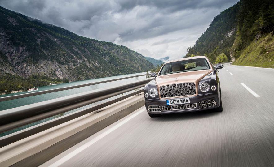 2017 Bentley Mulsanne - Slide 51