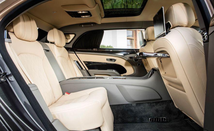 2017 Bentley Mulsanne - Slide 70