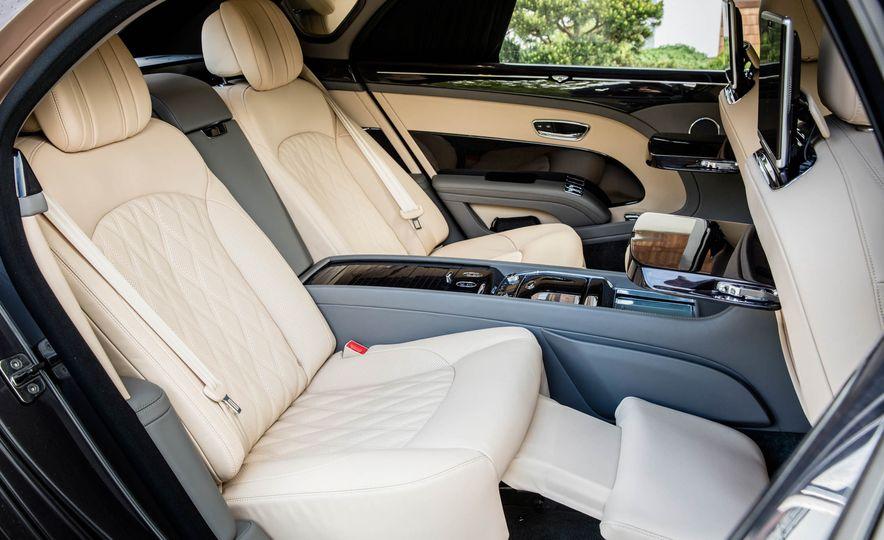 2017 Bentley Mulsanne - Slide 71