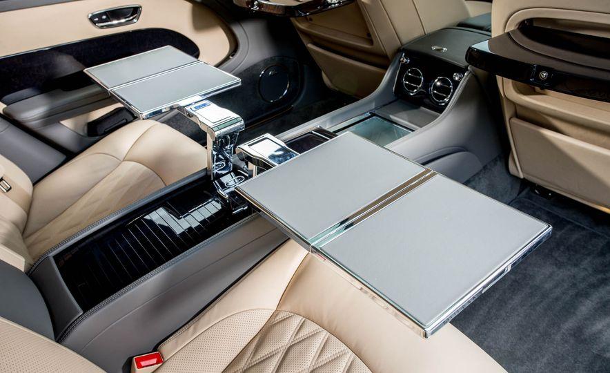 2017 Bentley Mulsanne - Slide 74