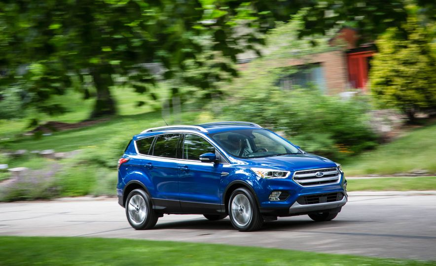 2017 Ford Escape 1.5 EcoBoost Titanium - Slide 1