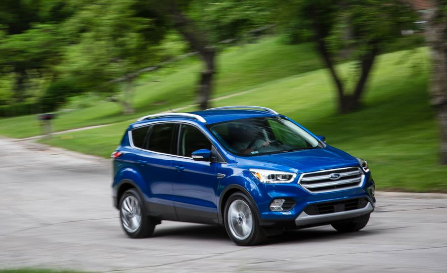 2017 Ford Escape 1.5 EcoBoost Titanium - Slide 2