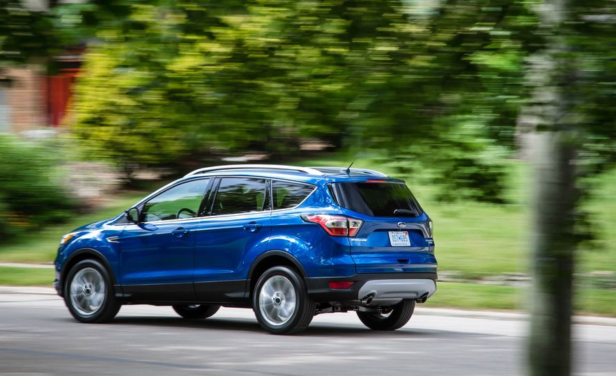 2017 Ford Escape 1.5 EcoBoost Titanium - Slide 7