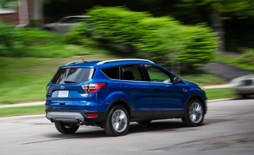 2017 Ford Escape 1.5 EcoBoost Titanium - Slide 10