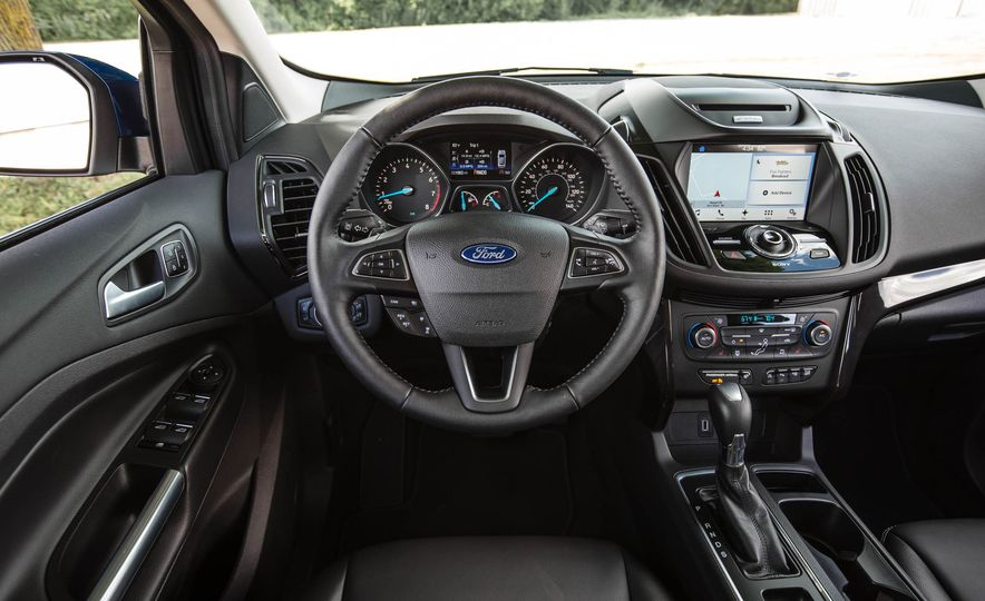 2017 Ford Escape 1.5 EcoBoost Titanium - Slide 35