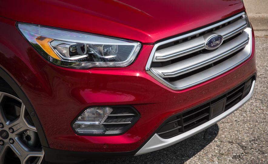 2017 Ford Escape Titanium - Slide 13