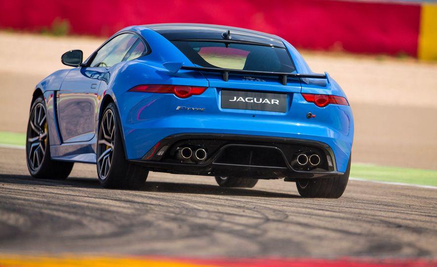 2017 Jaguar F-Pace S - Slide 12