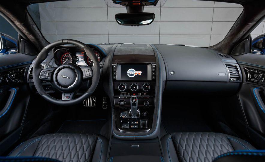2017 Jaguar F-Pace S - Slide 13