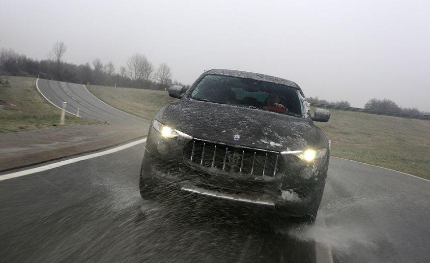 2017 Maserati Levante - Slide 3