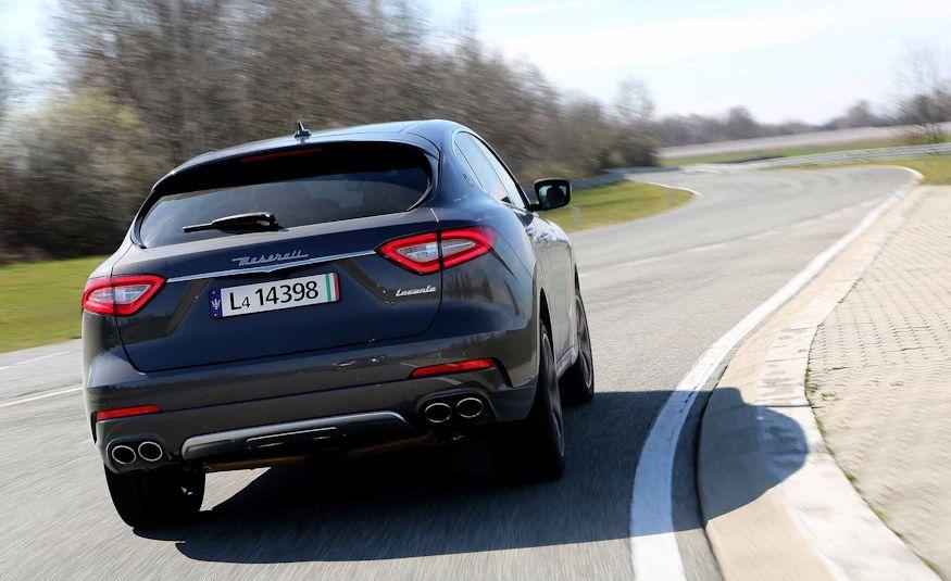 2017 Maserati Levante - Slide 9