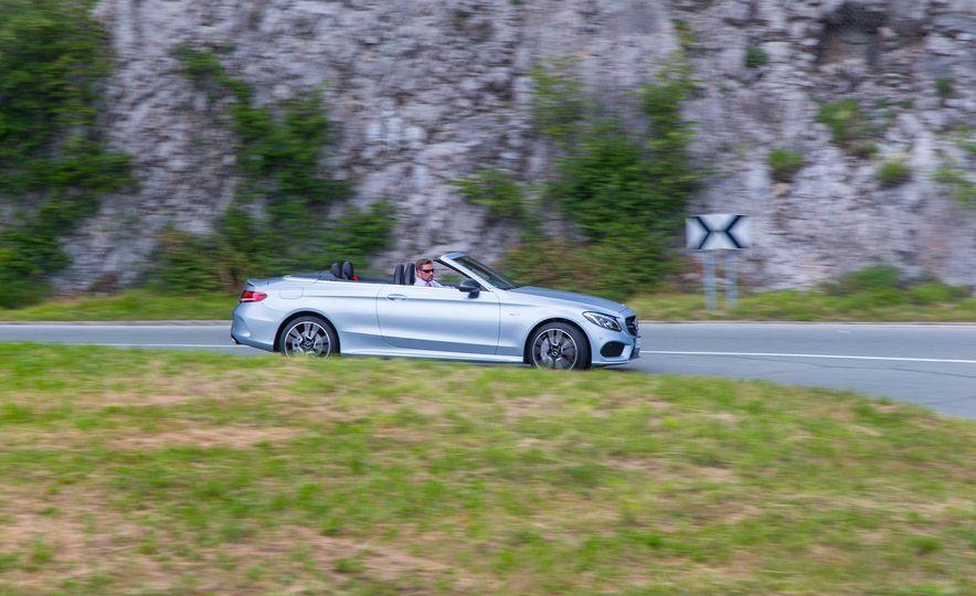 2017 Mercedes-AMG GT R - Slide 13