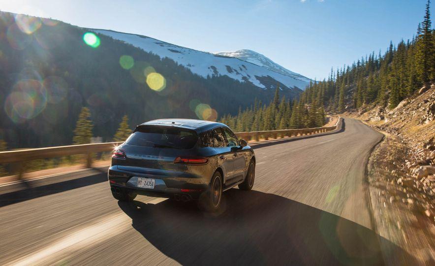 2017 Porsche Macan GTS - Slide 6