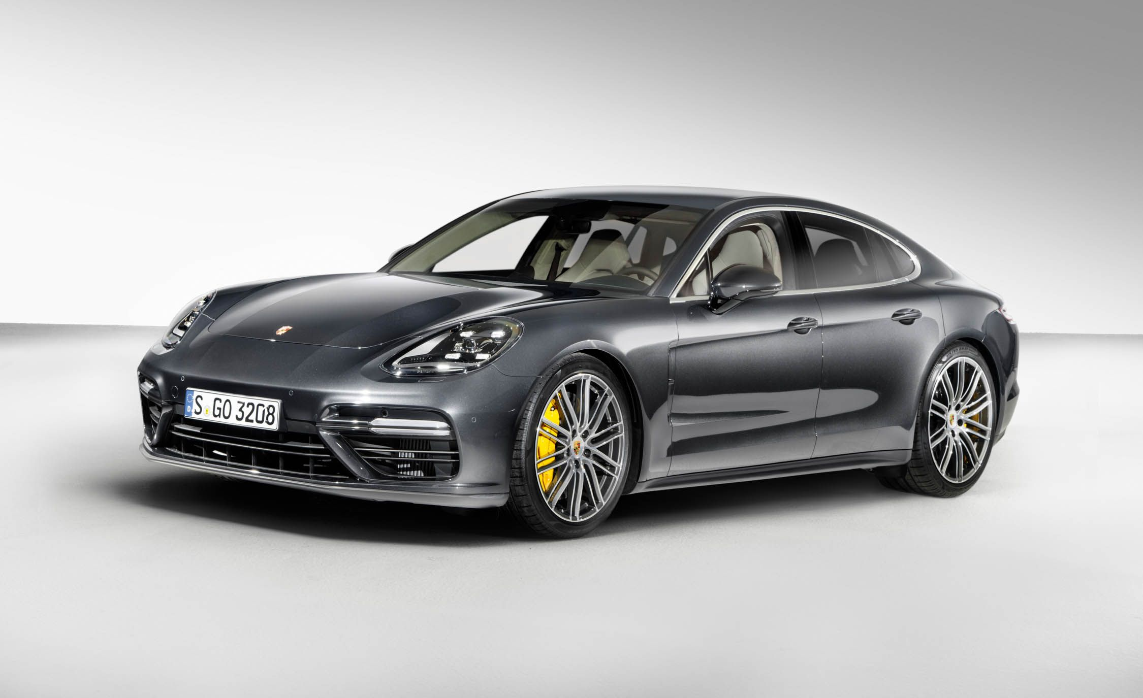 2017 Porsche Panamera Beautifully Advanced