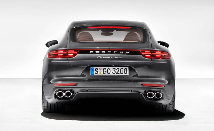 2017 Porsche Panamera - Slide 6