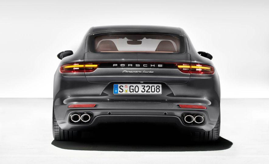 2017 Porsche Panamera - Slide 7
