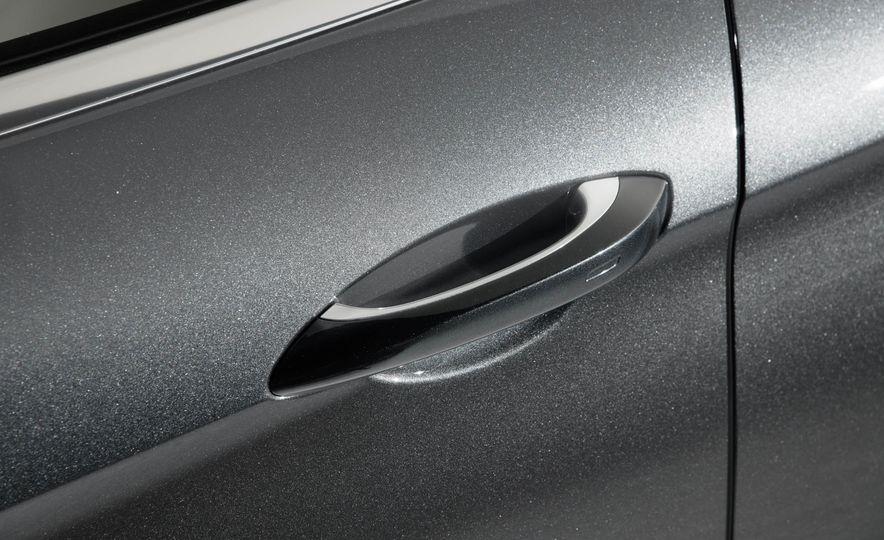 2017 Porsche Panamera - Slide 20