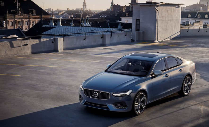 2017 Volvo S90 R-Design - Slide 1