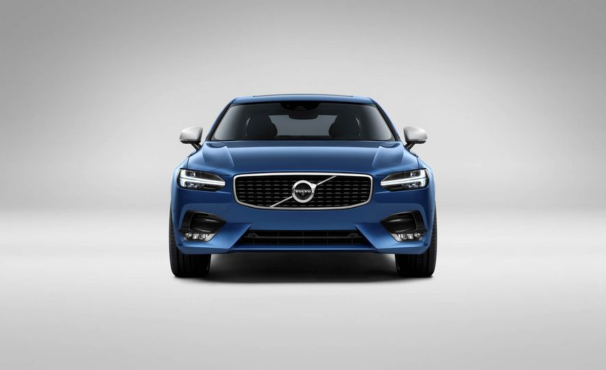 2017 Volvo S90 R-Design - Slide 4