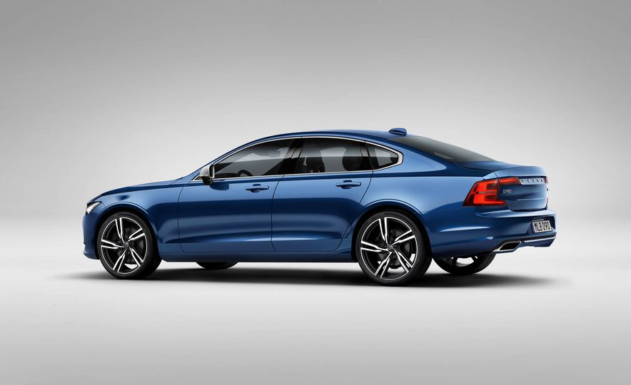 2017 Volvo S90 R-Design - Slide 9