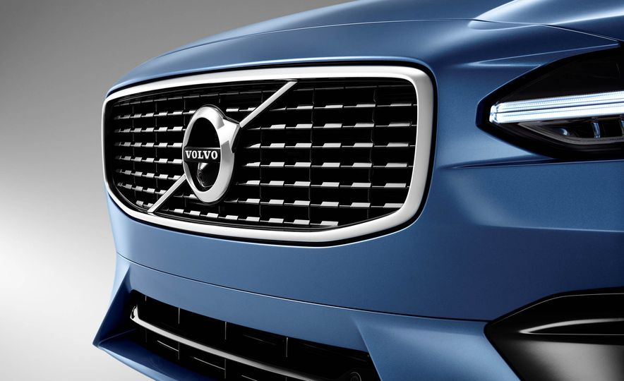 2017 Volvo S90 R-Design - Slide 21