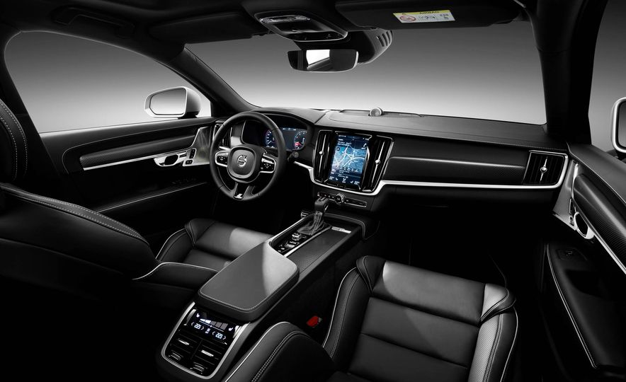 2017 Volvo S90 R-Design - Slide 24