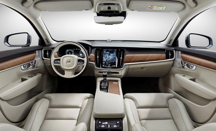2018 Volvo V90 - Slide 22