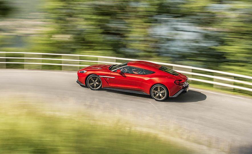 Aston Martin Vanquish Zagato - Slide 3