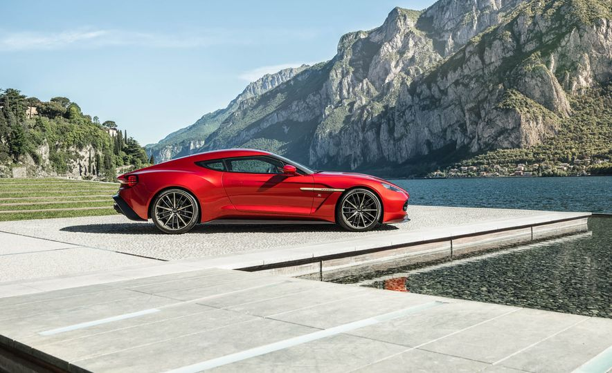 Aston Martin Vanquish Zagato - Slide 6