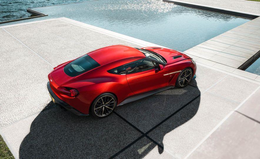 Aston Martin Vanquish Zagato - Slide 8