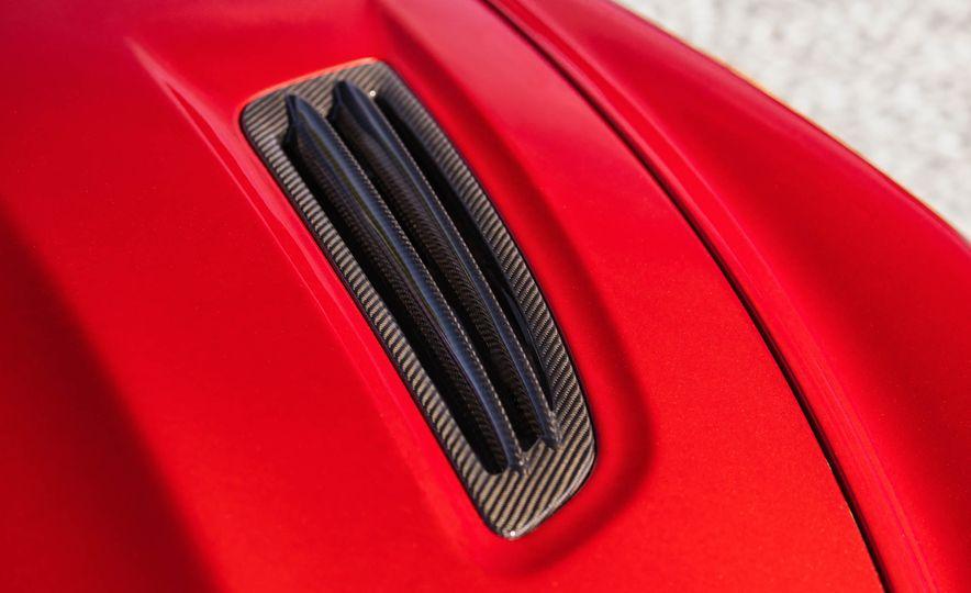 Aston Martin Vanquish Zagato - Slide 12