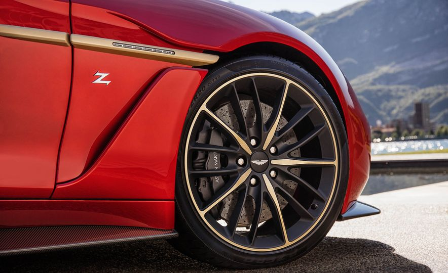 Aston Martin Vanquish Zagato - Slide 13