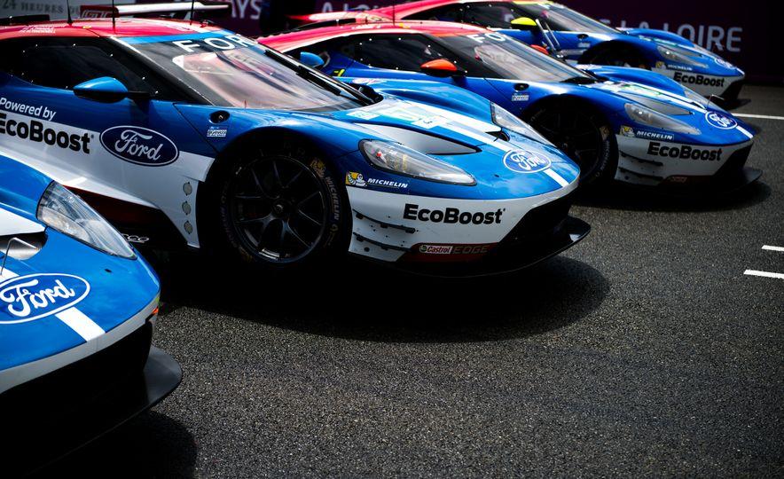Ford GT race cars - Slide 2