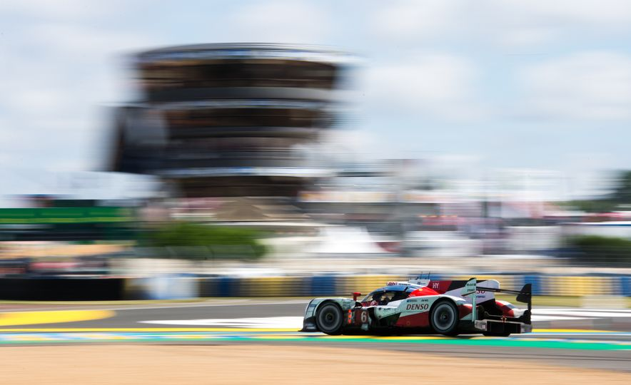 2016 24 Hours of Le Mans: Photos from the History-Making Race - Slide 37